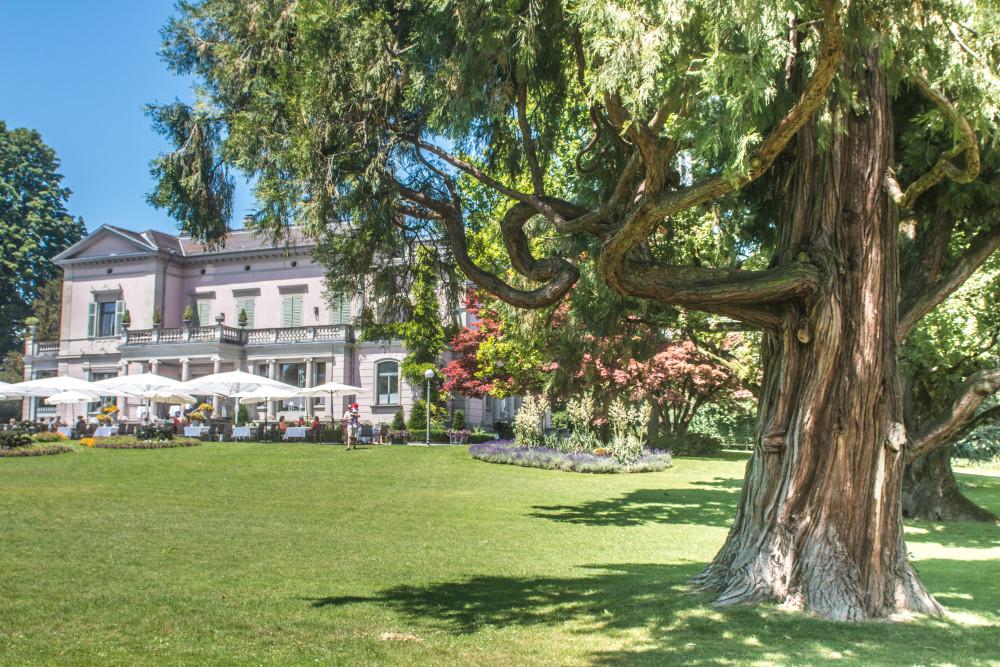Die Terrasse des Villette Restaurants lädt im Sommer zum Entspannen ein.
